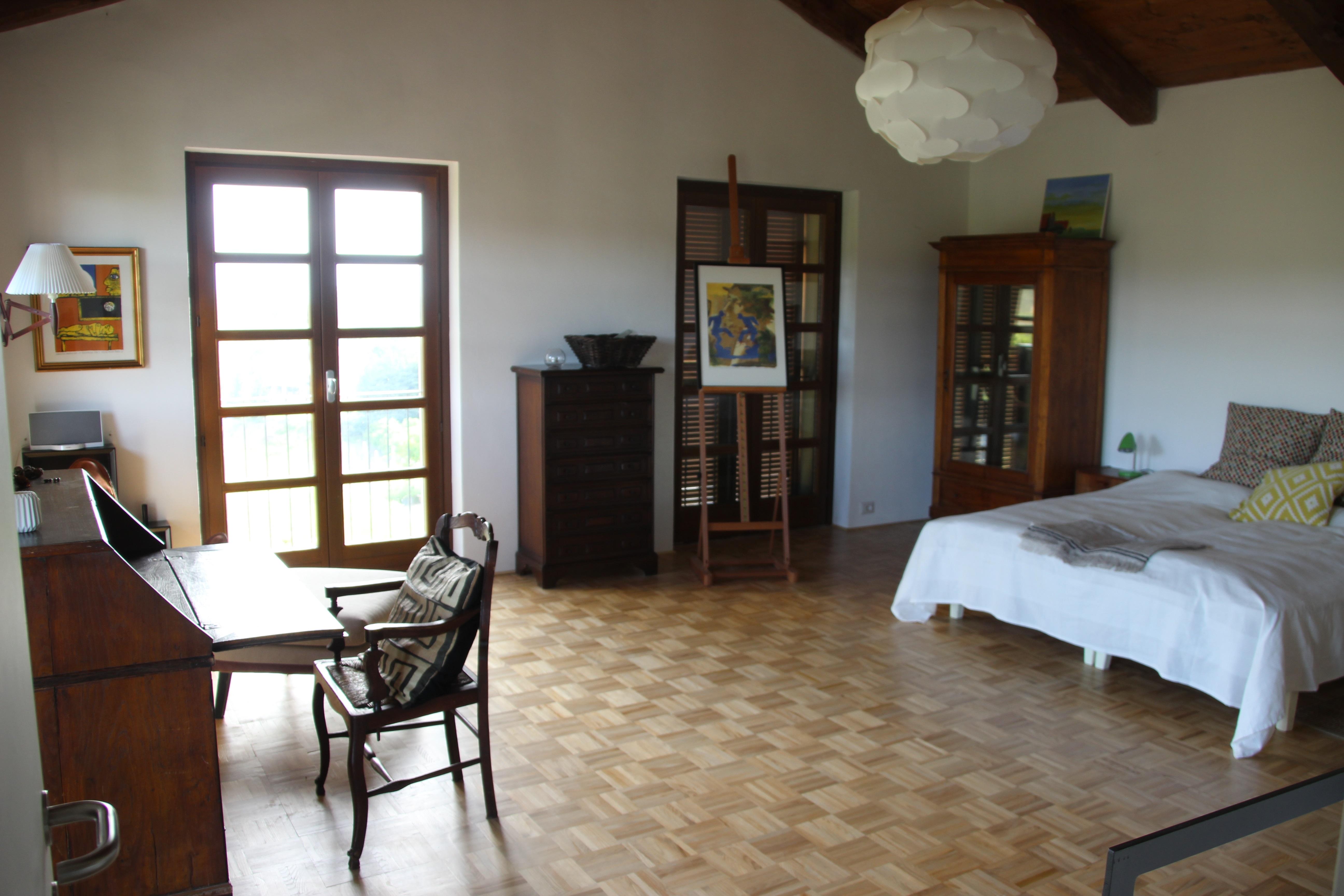 Soveværelse i øverste sydlige hjørne af huset