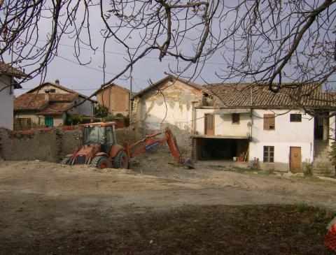 Nedrivning af det gamle huset